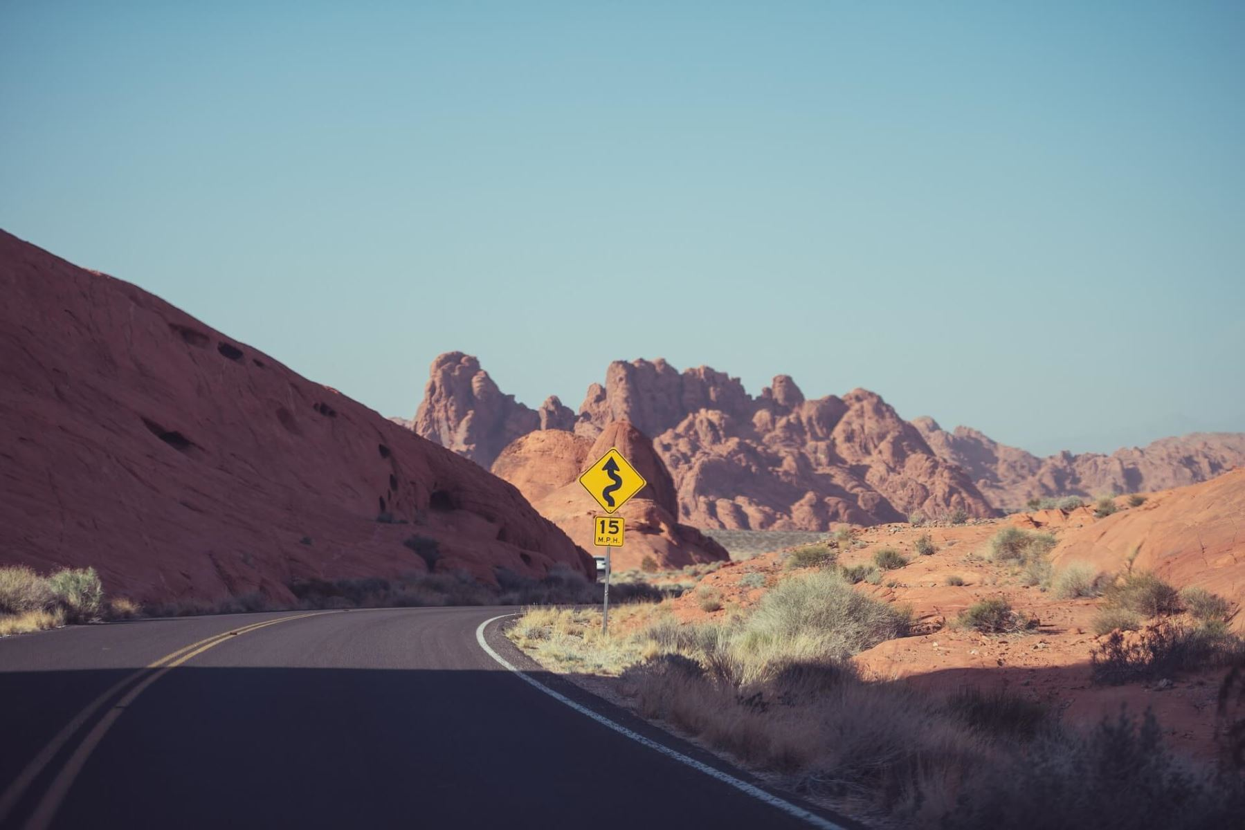 Tips for Safe, Fun Desert Driving in Southern California