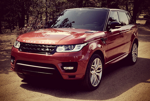 10 Safest Cars of 2014 - Range Rover Sport
