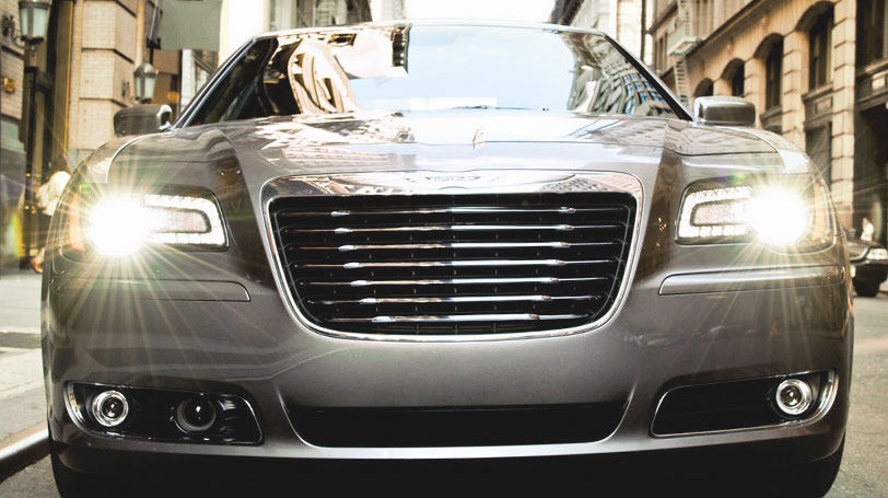 10 Safest Cars of 2014 - Chrysler 300